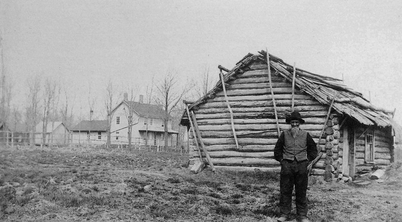 """Andrew Peterson framför sin första """"Shanty"""" i Minnesota."""