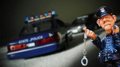 Fler poliser och straff